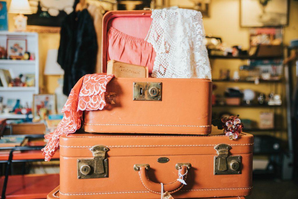 Pile de valises vintage